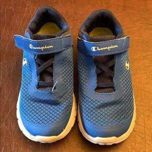 Boys Champion Tennis Shoes. Excellent condition.
